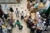 Pedagang sebut penjualan vitamin di Pasar Pramuka  meningkat 50 persen