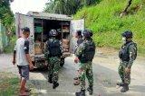 Satgas TNI Yonif 512 gelar sweeping di perbatasan RI-PNG cegah barang ilegal