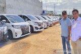 Ratusan kendaraan mewah disiapkan untuk peserta Munas Kadin di Kendari
