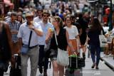 Inggris pertimbangkan Prancis masuk daftar merah perjalanan