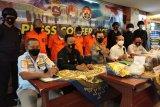 Polda Sumatera Barat  tangkap lima kurir narkoba antarprovinsi