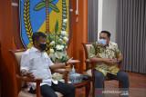 Gubernur Sulteng  minta KONI optimalkan pembinaan atlet