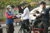 Ganjar ajak Gus Miftah bersepeda untuk sosialisasikan prokes