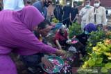 Pemakaman Jenazah Korban Tenggelamnya KMP Yunicee