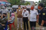 Warga antusias mengikuti vaksinasi massal di Satgas COVID Baubau