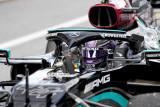 Hamilton jajal simulator cari petunjuk membuat mobilnya lebih cepat