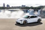 Porsche akan tarik kembali Taycan karena masalah perangkat lunak