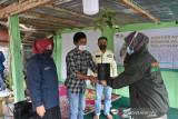 Yayasan Kalla bantu 1000 bibit alpukat ke petani Tonasa Gowa