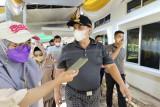Gubernur Lampung minta warga tetap taat prokes saat vaksinasi massal