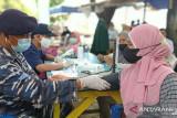 Lantamal VI Makassar sasar warga pulau atasai COVID-19 dalam