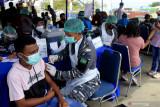 Lantamal VII Kupang vaksin 6.000 warga di NTT