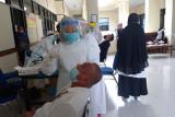 Hakim dan pegawai PN Kelas I Tanjungkarang lakukan tes antigen