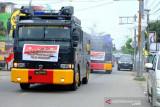 Polda semprotkan disinfektan di wilayah Kota Gorontalo