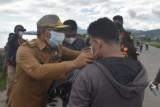 Pemprov Sulbar bagikan 5.000 masker kepada masyarakat