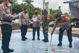 Tim gabungan TNI-Polri Palangka Raya akan bubarkan warga yang berkumpul