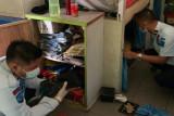 Razia Blok Blok Meranti, Petugas Lapas Tembilahan temukan tiga handphone
