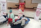 Polwan bersama Bhayangkari Sulawesi Utara gelar donor darah