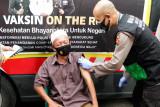 Polres Sumbawa Gelar Vaksinasi On The Road