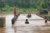 Lima desa di Aceh Jaya  terisolasi akibat banjir