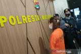 Seorang perempuan di Mataram jadi tersangka penipuan beli handphone