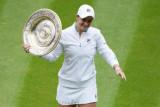 Wimbledon 2021 - Barty juara tunggal putri setelah tundukan Pliskova di partai final