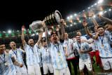 Penantian berakhir, Messi akhirnya mempersembahkan trofi untuk Argentina