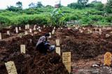 Pemikul jenazah TPU Cikadut dipecat karena pungli Rp2,8 juta