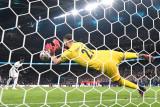 Keane kecam Inggris karena tugaskan pemain remaja adu penalti penentu