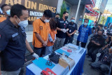 Petugas tangkap selebgram dan manajer klub malam di Bali terkait narkotika