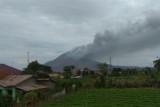 Gunung Sinabung alami dua kali semburkan abu vulkanik setinggi 500 meter