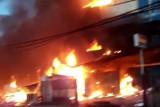 Ruko dan lapak kawasan di Jalan Baru Abepura ludes terbakar