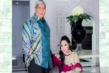Keluarga Ali Mazi mohon doa masyarakat Sultra