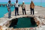 Pelabuhan Midai rusak akibat diterjang ombak
