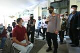 Tinjau Vaksinasi Massal di Persis, Kapolri Minta Semua Elemen Masyarakat Berkolaborasi Percepat Vaksinasi