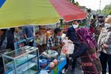 Sri Mulyani alokasikan Rp1,2 triliun untuk TNI dan Polri salurkan bantuan PKL