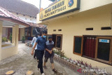 Diduga cabuli puluhan anak di Agam, kakek usia 64 tahun ditangkap polisi (Video)