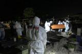 Brimob Polda Kalteng bantu pemulasaraan jenazah pasien COVID-19