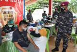 TNI AL kembali gelar Serbuan Vaksinasi di Monumen Trikora Bitung