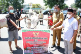 Gubernur Sulut serahkan puluhan sapi kurban kepada sejumlah masjid