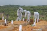 Warga Tanjungpinang yang jalani isolasi mandiri  banyak yang meninggal