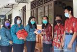 PKK Gunung Mas beri bantuan bola bocce ke SLBN Kuala Kurun