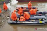 Tim SAR Timika mencari perahu cepat berpenumpang enam orang yang hilang di Agats