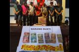 Asyik main judi Qiu Qiu hingga menang Rp35 juta, tujuh pejudi di Lombok Timur dikandangkan