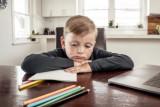 Cara mengenal gejala stres pada anak