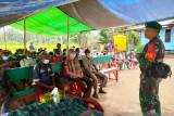 Satgas TNI Yonif 611 edukasi warga perbatasan tentang pola hidup sehat