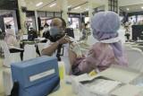 Ratusan karyawan Pusri jalani vaksinasi COVID-19 tahap dua