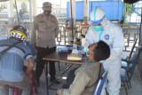 Pria asal Dompu diketahui positif COVID-19 di Pelabuhan Poto Tano saat ingin ke Lombok
