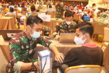 Pangkalan TNI AU Sumsel targetkan 1.052 warga vaksinasi tahap kedua