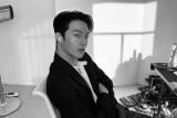 Kemarin, Jang Ki-yong wamil sampai menjaga  kebersihan handuk
