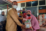 Pemerintah pusat bantu Pariaman 61 ton beras untuk keluarga terdampak PPKM